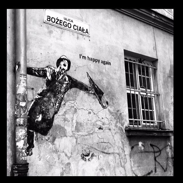 Enviada por @brunagamboa #streetart #streetartsp #poesiaurbana #artederua #intervencaourbana #splovers #sp #lambelambe #grafite #pixo #murosquefalam #osmurosfalam #oqueasruasfalam #acidadefala #oquearuafala #arteurbana #vinarua #asruasfalam #taescritoemsampa #urbanart #urbanwalls #wallporn #art #instagraffiti #instagood #graffitiporn #streetarteverywhere #arte #fotografiaderua