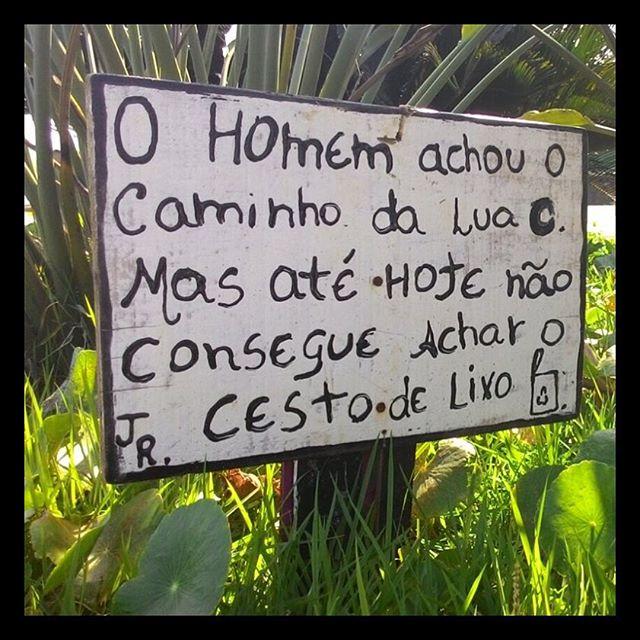 Enviada por @felipeseffrin #streetart #streetartsp #poesiaurbana #artederua #intervencaourbana #splovers #sp #lambelambe #grafite #pixo #murosquefalam #osmurosfalam #oqueasruasfalam #acidadefala #oquearuafala #arteurbana #vinarua #asruasfalam #taescritoemsampa #urbanart #urbanwalls #wallporn #art #instagraffiti #instagood #graffitiporn #streetarteverywhere #arte #fotografiaderua