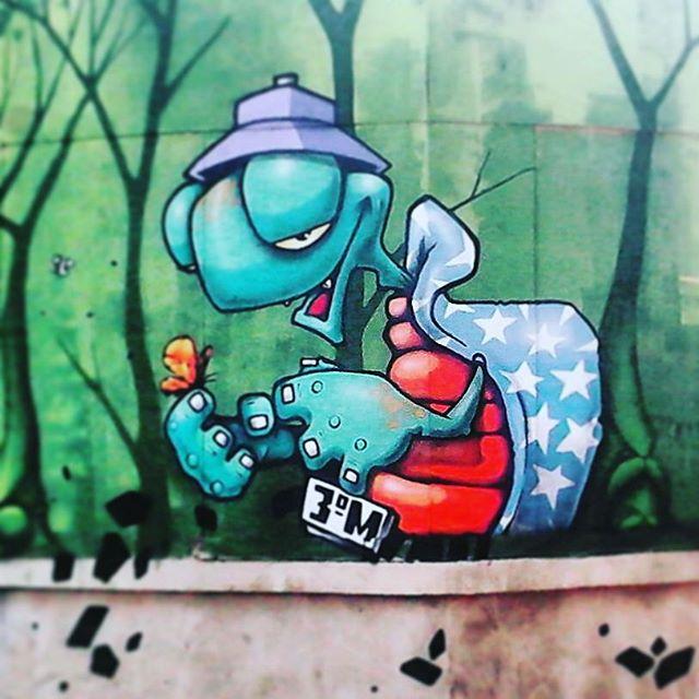 Praça da República Art by @binho3m . #urbanart #graffiti #graffitiart #graffitiporn #colorginarteurbana #urbanartist #colors #saopaulocity #ruasp #artederua #artepropria #arteurbana #urbanwalls #saopaulograffitti #saopaulocity #art #caixapretagraffshop #terceiromundo #streetart #streetartsp #sprayartists #streetart_saopaulo #sprayart #spmenoscinza #cidadequasecinza