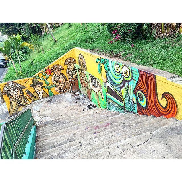 Arte de ? #bixiga #arteurbana #coolsampa #grafite #graffiti #graffitisaopaulo #graffitisp #instagraffiti #instasaopaulo #sampa #saopaulo  #sp #splovers #streetart #streetartsaopaulo #streetartsp #streetartbrasil #urbanart #sigagraffitisp 30/09/15.