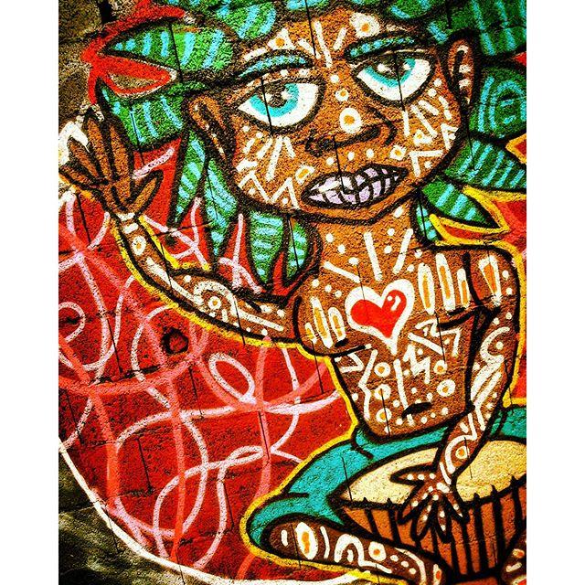Detalhe da Intervenção Urbana realizada no evento CCCU para as Crianças, no Jardim Campos, São Paulo-SP. por D-Praz 2015 #danyahupraz #dpraz #artederua #artenomuro #sprayarte #pinturaemmural #arteurbana #intervençãourbana #pinturaderua #cores #artesvisuais #colorginarteurbana #noucolors #streetart #wallart #sprayart #wallpainting #urbanart #streetpainting #colors #visualarts #instastreetart #streetarbrazil #arteurbanabrasil #streetartsp