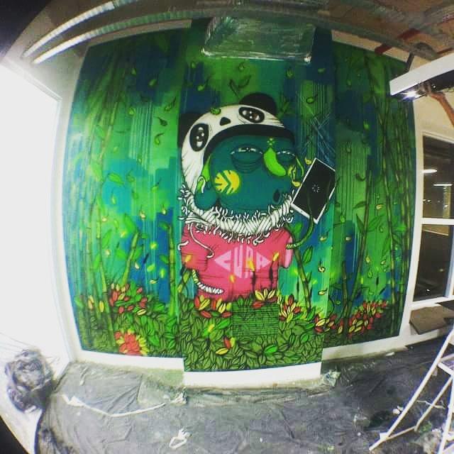 Trabalho desenvolvido na empresa Atittude S.A Galeria de arte urbana,ao todo 23 artistas ocupam o escritório, confiram o site, está bem interessante . Mogle + Crione #Amigos #graffiti #coresvalores #graffitisp #grupoatittude #graffitigold #aerossol #aerosolarte #andremogle #StreetArtSP #2015.