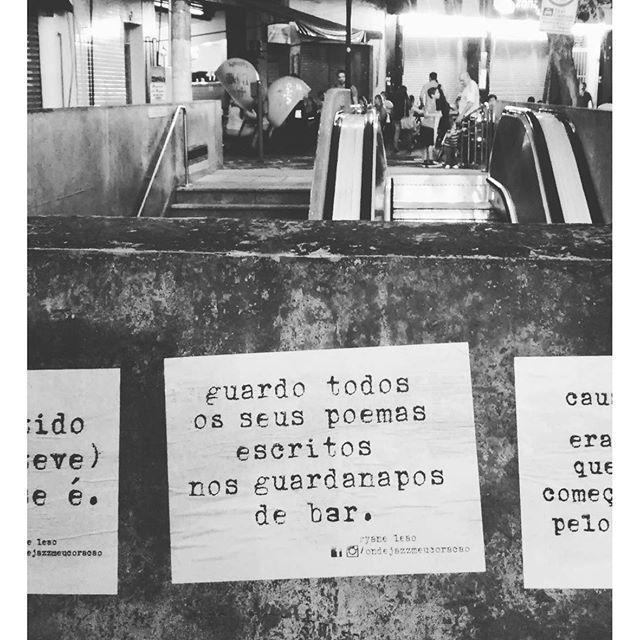 guardo todos.  #ondejazzmeucoracao #streetartsp #011 #artederua #intervençãourbana #splovers #vozesdacidade #lamblamb #sp #lambelambe #murosquefalam #osmurosfalam #arteurbana #vinarua #acidadefala #olheosmuros #poesiaderua #asruasfalam #oqueasruasfalam #pelasruas #taescritoemsampa #urbanart #pelosmuros #txturbano #saopaulo #ruaspoeticas #olheasruas #ryaneleao #sp4you #silenciodasruas
