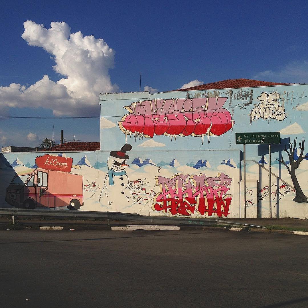 ️️️ #lighthaisgraffitipixovoyer #sampagraffiti #graffitisp #streetartsp #ursomorto