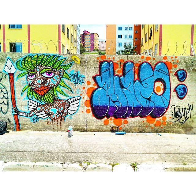 Intervenção Urbana feita no 10 Encontro de Graffiti Cohab 13, na Cohab Fazenda do Carmo, São Paulo-SP. Por DPRAZ & Amaro. 2015. #dpraz #danyahupraz #Amaro #arteurbana #intervençãourbana #artederua #graffiti #cores #artesvisuais #sprayarte #urbanart #streetart #colors #visualarts #sprayart #instagraffiti #instastreetart #streetartbrazil #streetartsp #graffitibrazil