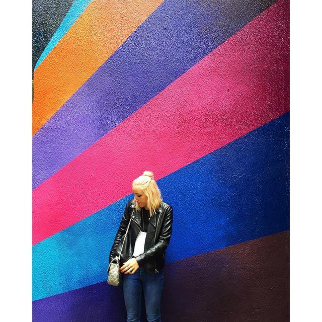 Last colorful wall of 2015, a piece of a @kobrastreetart #oscarfreire #streetart #streetartsp
