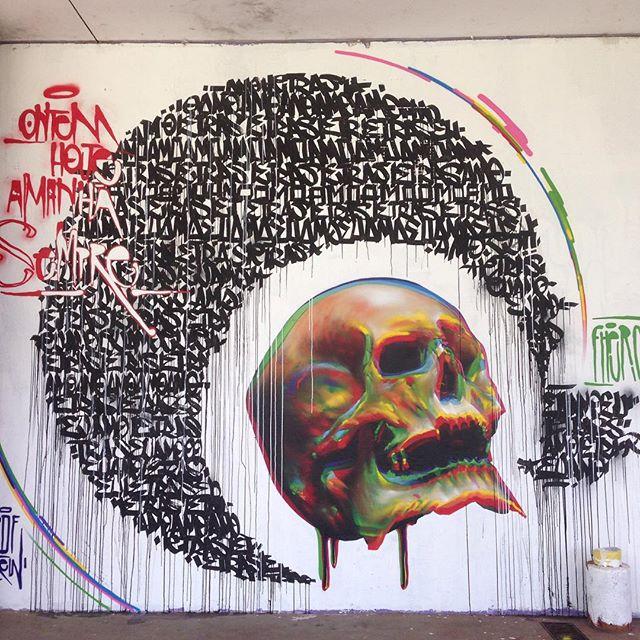 Throw back da bienal de graffiti que rolou no Ibira há algum tempinho (@bird.soul)