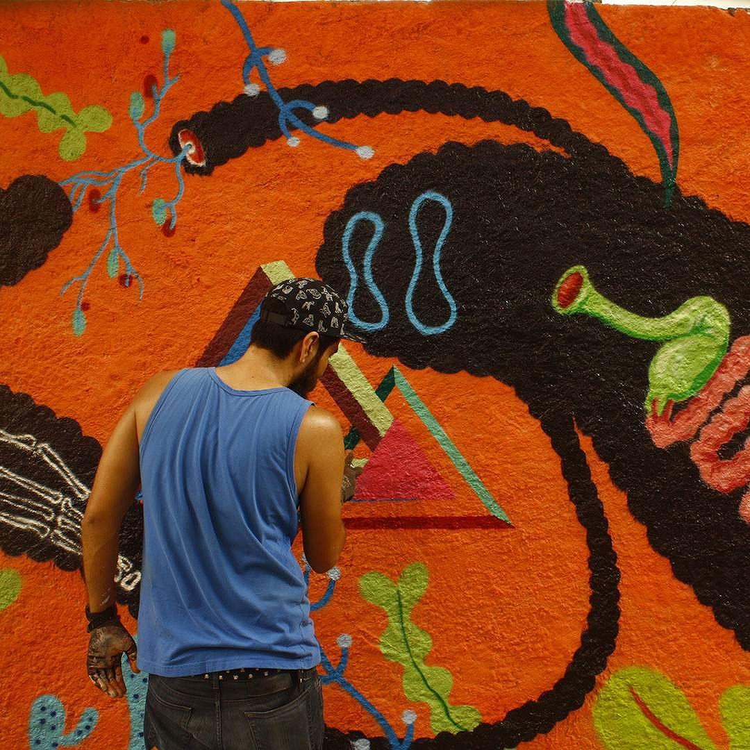 Flagra. Photo by @gabrielcoiso #graffitiart #graffitis #graffitiwall #graffiti #graphicdesign #grafitesp #grafite #graffitiartist #graffitiigers #graffiti_magazine #instagrafite #globalstreetart #streetartist #streetart #urbanart #urbanartist #wall #spray #kisso #art #painting #graffitiporn #streetartproject #murals #arteurbana #arterua #mtn #elgraffiti #streetartsp