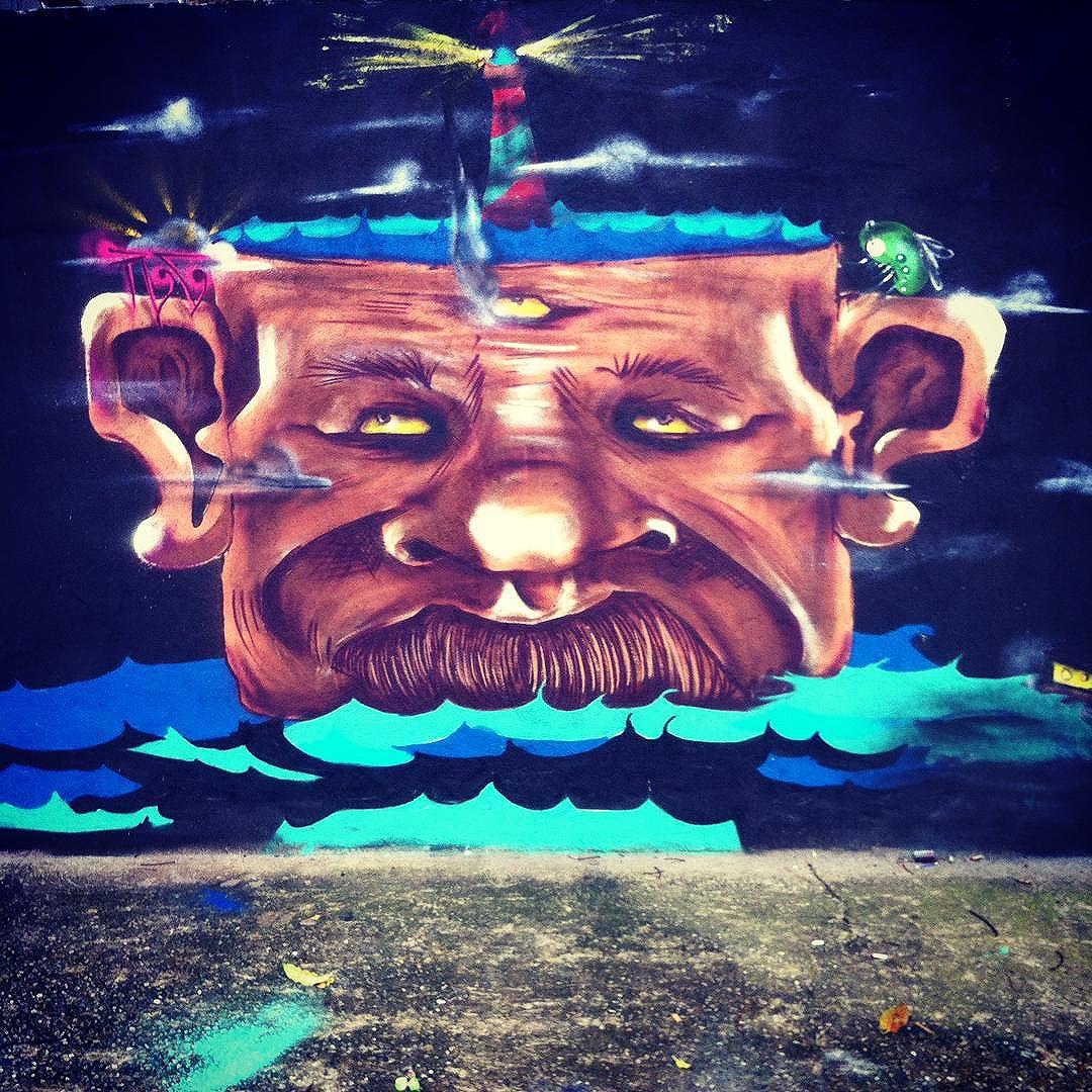 Sobre um domingo de chuva produtivo! #RC #grafittisp #StreetArtSP Valeu o role #pub #pubcrew @lanoner @dedotorto  @dedot @felipeurso  @biamarins  @errocorro @morales.pintapesado @dedoth_one @cesar_marins_237 @flaviopitukanegro
