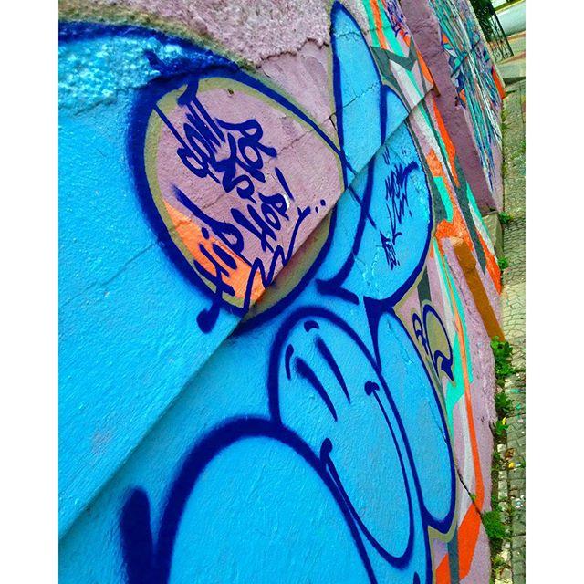 #COC #lighthaisgraffitipixovoyer #happygraffiti #graffitisp #sampagraffiti #streetartsp #elgraffiti #graffitiporn #sigagraffitisp #hiphopculture #savethehiphopculture #culturahiphop #culturaderua #hiphop #hiphopmusic #dontstophiphop