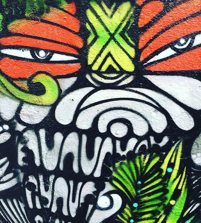 Detalhe do artista de rua Ninguém Dorme que será o próximo a expor na @blazegallery 30/6 Galeria Ouro Fino Agusta 2690 #skate #skt #blazesupply #honeypot #ninguémdorme #ruologia #becodobatmansp #becodobatman #streetart #streetartsp #colorgin #graffite #grafite #graffiti #instagrafite #wynwoodwalls #wynwood #spray #spraypaint