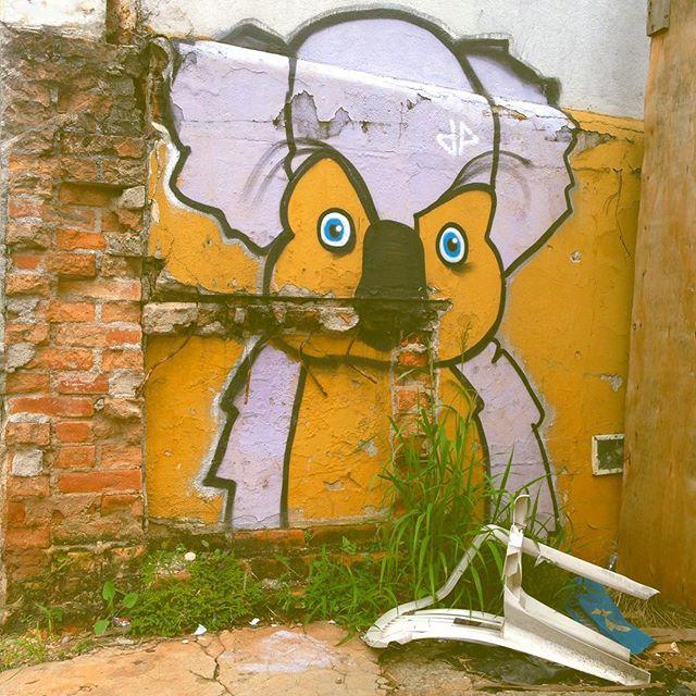 #lighthaisgraffitipixovoyer #happygraffiti #graffitisp #sampagraffiti #streetartsp #elgraffiti #sigagraffitisp