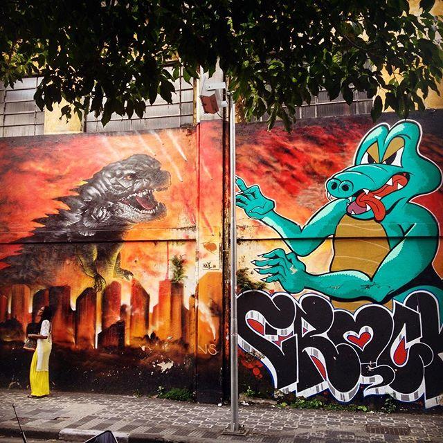 Gojira (Godzilla) x Crock na Liberdade,SP. **** #achadosdaliberdade #liberdadesp #godzilla #gojira #graffiti #streetartsp #artederua #arteurbana #urbanart #sampagraffiti #streetart #saopaulo #saopaulowalk #aquelasp #saopaulocity #olharesdesampa #saopaulo_originals #splovers #rolesp #mybeautifulsp #sp4you #supersaopaulo #exploresampa #sampaclick #sousampa #ilovesaopaulo