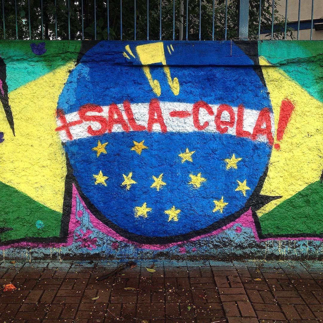 Bom dia! #streetart #streetartsp #artederuasp #artederua #graffiti #graffitisp #atelieurbano #coressp