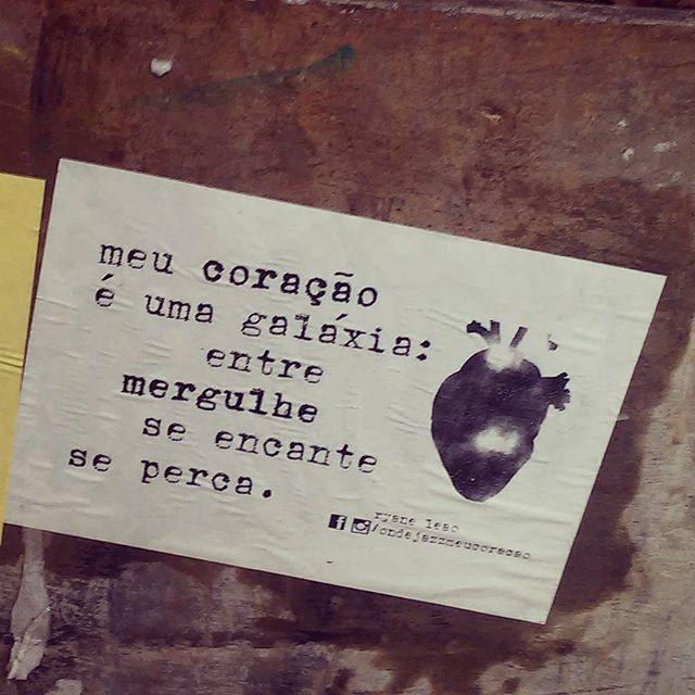 só venha se couber em mim. #ondejazzmeucoracao #streetartsp #011 #artederua #intervençãourbana #splovers #vozesdacidade #lamblamb #sp #lambelambe #olheosmuros #osmurosfalam #arteurbana #vinarua #acidadefala #olheosmuros #poesiaderua #asruasfalam #oqueasruasfalam #pelasruas #taescritoemsampa #urbanart #pelosmuros #txturbano #saopaulo #ruaspoeticas #olheasruas #ryaneleao #sp4you #silenciodasruas