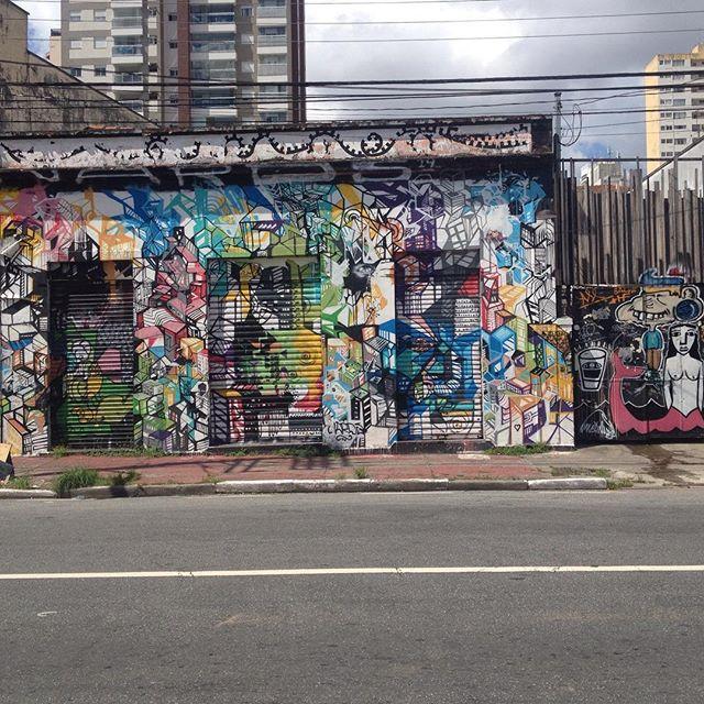 Cores de Sampa.. #streetart #streetartsp #artederua #artederuasp #atelieurbano #atelieurbanosp #graffiti #graffitisp #coressp #saopaulo