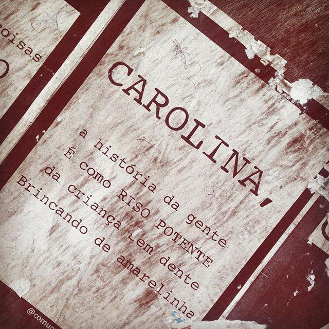 [ antigo e intacto ]  #lambelambe #poema #poetry #love #asruasfalam #taescritoemsampa #streetartsp #streetphotography #streetartofficial #achadosdasemana #instapoema #issomudaomundo #intervençãourbana #comum_a2