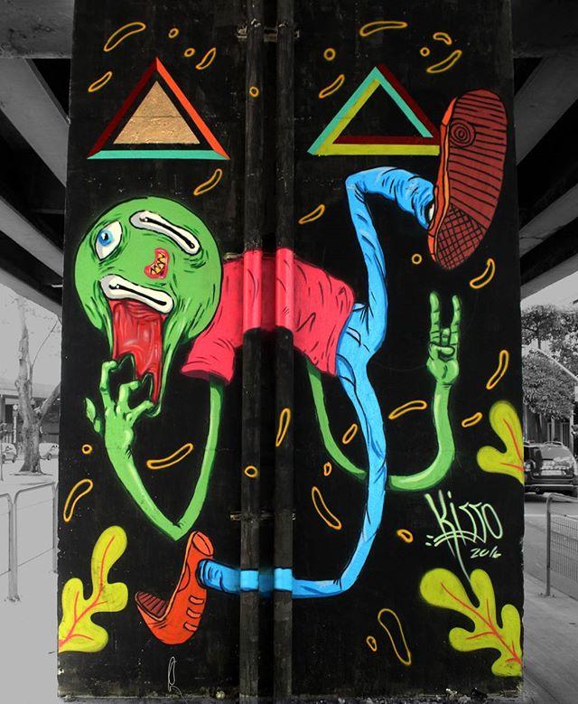 Elevado - SP #graffitiart #graffitis #graffitiwall #graffiti #graphicdesign #grafitesp #grafite #graffitiartist #graffitiigers #graffiti_magazine #instagrafite #globalstreetart #streetartist #streetart #urbanart #urbanartist #wall #kisso #art #painting #graffitiporn #murals #arteurbana #arterua #mtn #elgraffiti #streetartsp #pixo #sampagraffiti #spray