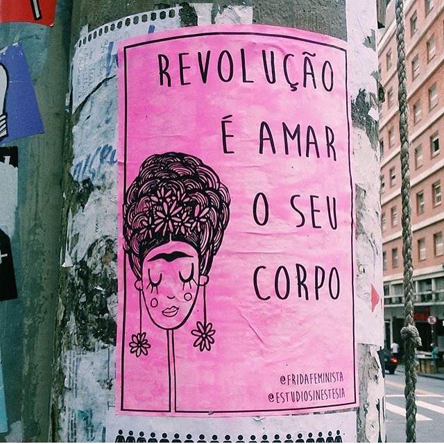foto da @raiannymartins  viu uma frida na rua? usa a hashtag #fridafeminista pra aparecer aqui tambem :)