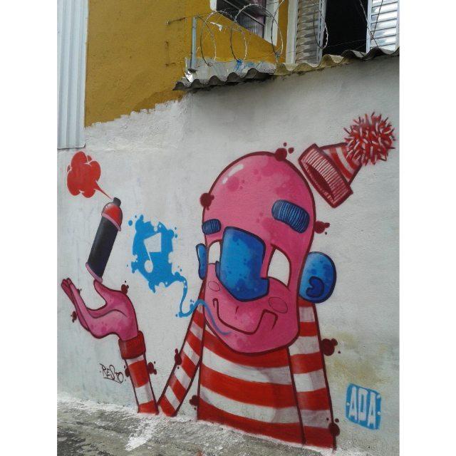 Role de domingo em itaquera!  Salve @_restone, vlw pelo convite mano!!! #graffiti #graff #graffart #art #arte #arts #artist #colors #color #cor #cores #apa #apaone #brazilianart #brazilianstyle #brazilianartist #streetartsp #streetart #urbanstyle #urbanart #urbanartist #maiscorporfavor #character #cartoons #sp #spraycans #arteurbana