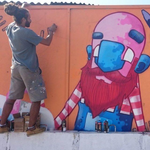 Action!  Projeto arte move SP  Vlw mano @sapiens_questione pelo registro!  #graffiti #graff #graffart #art #arte #arts #artist #colors #color #cor #cores #apa #apaone #brazilianart #brazilianstyle #brazilianartist #streetartsp #streetart #urbanstyle #urbanart #urbanartist #maiscorporfavor #character #cartoons #action