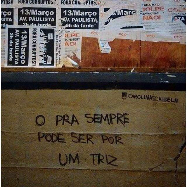 Avenida Paulista - São Paulo - SP - By @carolinascaldelai #vozesdacidade #saopaulo #sp #sampa #acidadefala #coolsampa #vozesdarua #pelasruas #poesiaurbana #olheosmuros #osmurosfalam #spcity #artederua #olhesp #oquearuafala #paredesurbanas #murosporai #ruaspoeticas #olharurbano #streetartsp #cenaspaulistanas #avenidapaulista