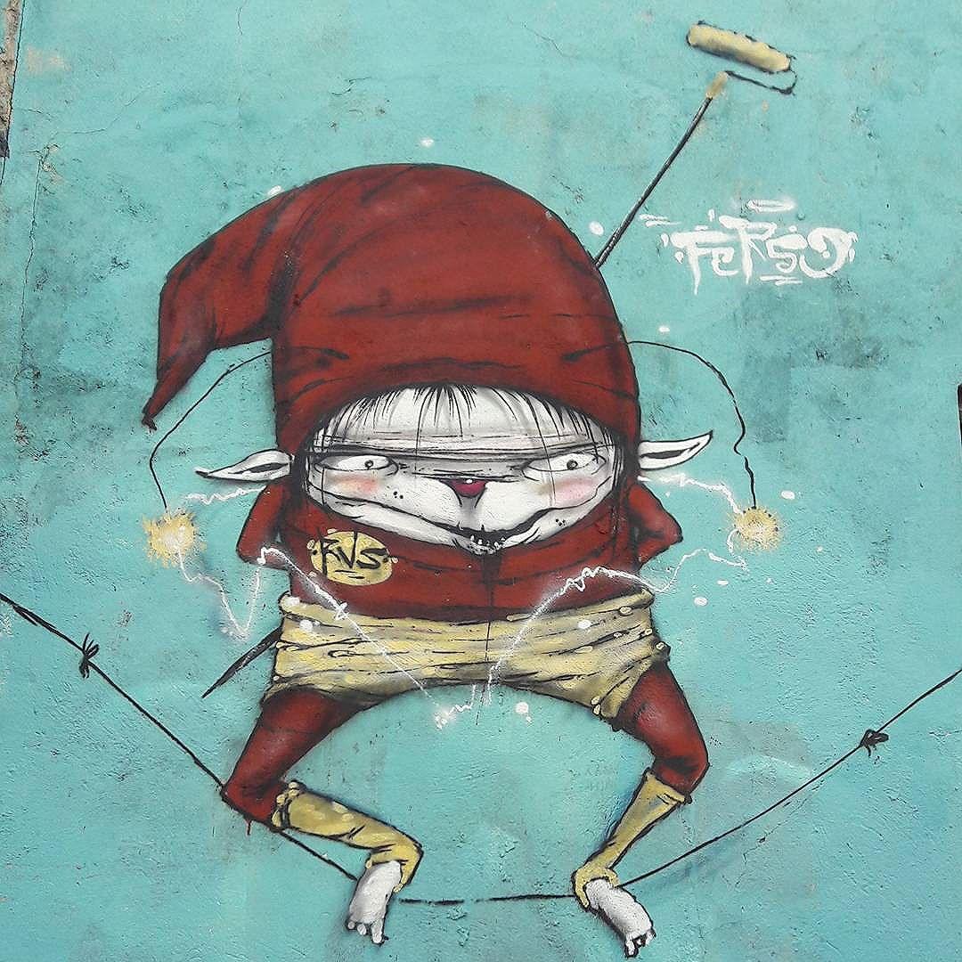 E agora, quem poderá nos defender?  #grafite #Pintura #Desenho #arte #grafitti #Natural  #houses #colors #OlheOsMuros #arteemfoco #streetart #artederua #ondejazzmeucoracao #streetartsp #poesiaurbana #artesemfronteiras #artederua #intervençãourbana #vinarua #taescritoemsampa #acidadefala #asruasfalam #ruaspoeticas #olheasruas #murosquefalam #OsMurosFalam #sp4you