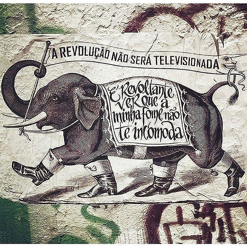 É Revoltante ver que a minha fome não te incomoda.  #major_art #major_art #revolução #arteurbana #ruasquefalam #streetart #streetartsp #manifesto #arteurbanasp #pelosmuros #graffiti #graff #streetartsp #StreetArtSP #urbanart #major #artecallejero #artederua #lambelambe #spstreetart #pasteup #urbanartist #artederua #wheatpaste #spart #spstreetart #streetartnews #lambe #ruasquefalam #taescritoemsampa #oqueasruasfalam #wallporn #art #spart #urbanartist