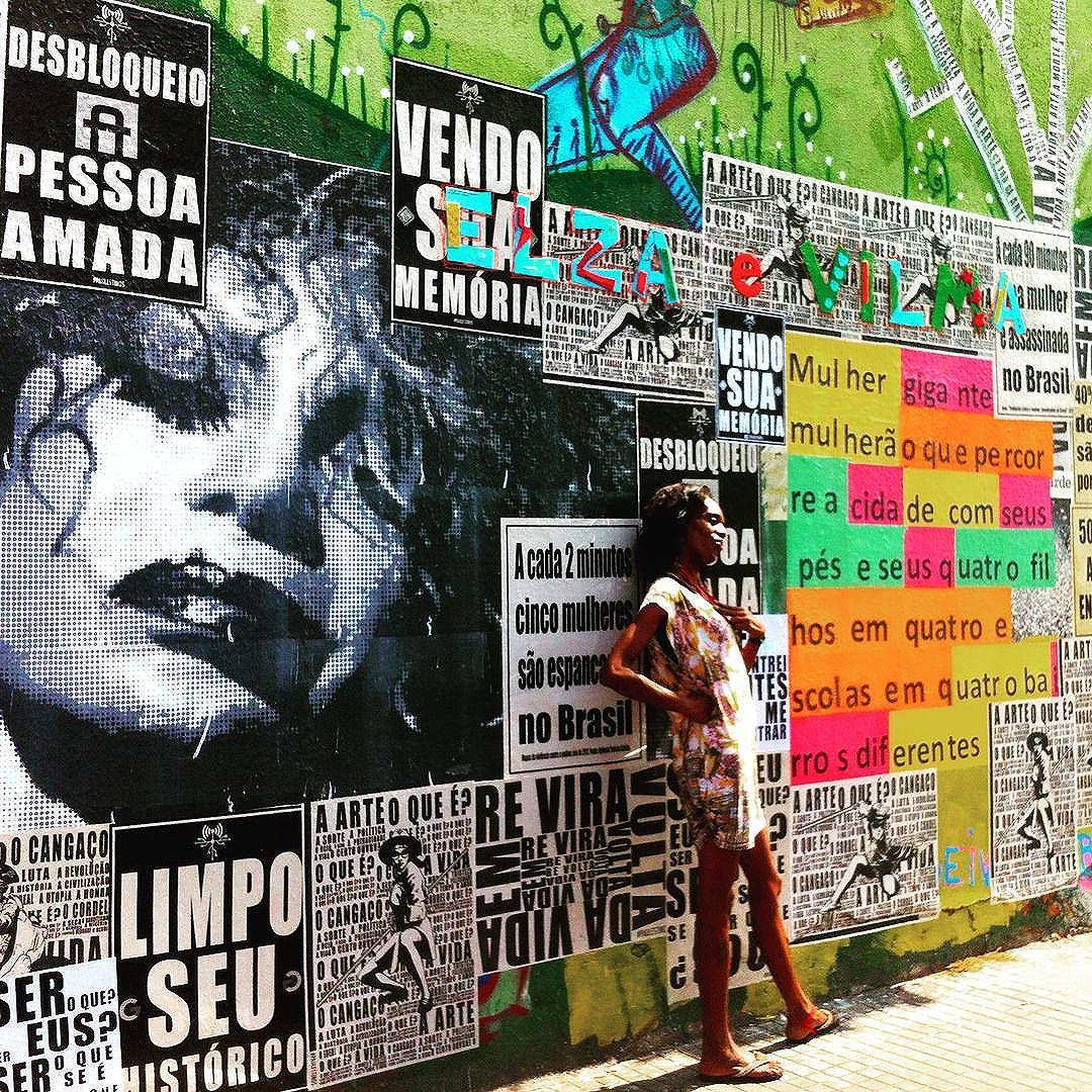 Painel em progresso da @elzasoaresoficial a mulher do fim do mundo na cracolândia de Sp. Com @lauguimaraes @coletivotransverso @paulestinos @juliodojcsar e Silvana marcondes #paulestinos #microrroteirosdacidade #coletivotransverso #casarodante #casadalapa #taescritoemsampa #poesia #pixacao #taescritoemsampa #spwalk #spcool #sp #cracolandia #poesiaderua #poesiademuro #concretismo #concretism #poesiaconcreta #poesiadepedra #colagem #lambe #lambelambe #artederua #StreetArtSP #streetart #street #rua #calle #saopaulo #elzasoares