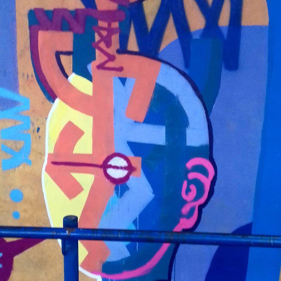 #sampastreetart #streetart #streetartsp #graffitiart #graffiti #spray #rolinho #saopaulostreetart #saopaulografitti #graf #grafitiart #artederua #artederuasp #urbanart #arteurbana #tomwray #tribalfuturist #totemicfuturism
