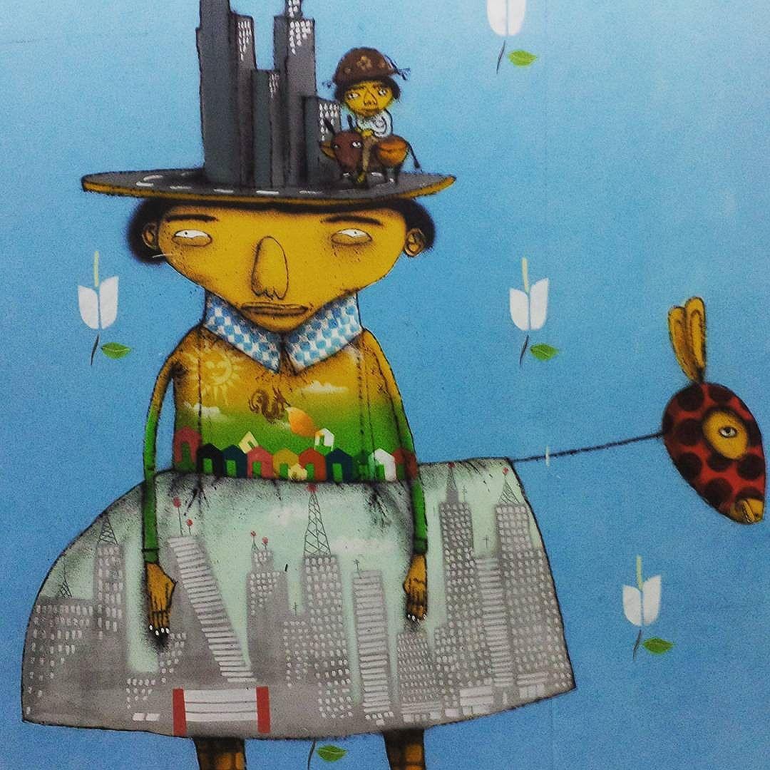 Detalhe do trabalho dos @osgemeos numa parede na Avenida Paulista (São Paulo) #osgemeos @kanciukaitis @xabu #sambadograffiti #sampagraffiti #graffiti #graffiti_clicks #grafite #graf #streetart #streetartsp #streetphoto #streetarteverywhere #streetartphotography #spray #bagarre #spraypaint #urbanwall #urbanart #wallart #saopaulo #brasil #rsa_graffiti #bikini #braznu #sampa #tv_streetart #saopaulocity #tv_sa_simplicity_graff #streetartofficial #building #masp