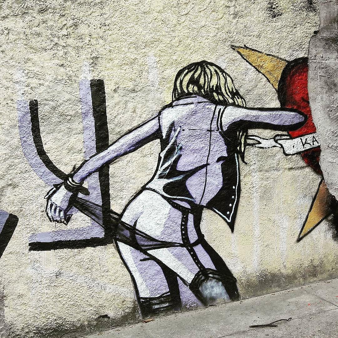 Nice and sexy art work in Pompeia Artist: unknown  #sambadograffiti #sampagraffiti #graffiti #graffiti_clicks #grafite #graf #streetart #streetartsp #streetphoto #streetarteverywhere #streetartphotography #spray #portejarretelles #spraypaint #urbanwall #urbanart #wallart #saopaulo #brasil #rsa_graffiti #bikini #braznu #sampa #tv_streetart #saopaulocity #tv_sa_simplicity_graff #streetartofficial #pompeia #sexyartwork