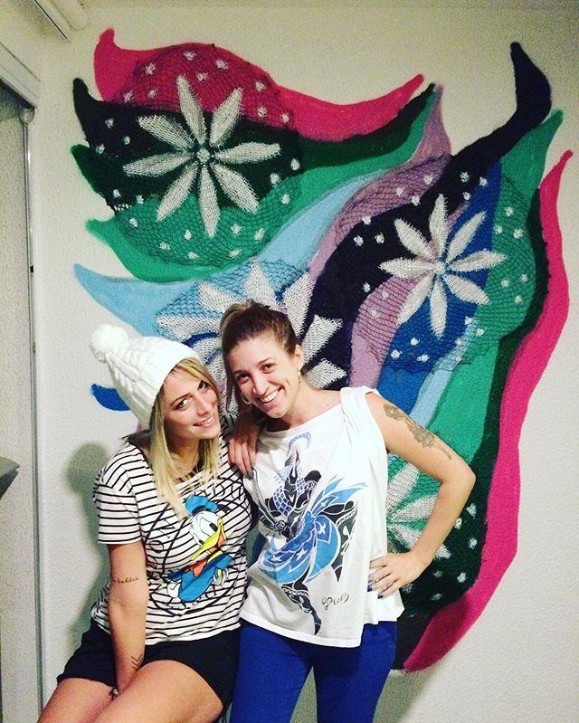 Para acompanhar o processo siga @graficrochet indoor na casa nova da best! @pgaliano foi demais!! Tks pela confiança! ️️️ #graficrochet #instagrafite #yarnbomb #grafitti #gratite #Sp #streetart #wall #art #handmade #chochet #crochetting #ilovegraffiti #graficrochetando #nemtodosplashétinta #grafknit #urbanart #grafitecrochet #intervencaourbana #streetartsp #artederua #mulheresgrafiteiras #yarn #crochetartist #knitartist #annegalante.