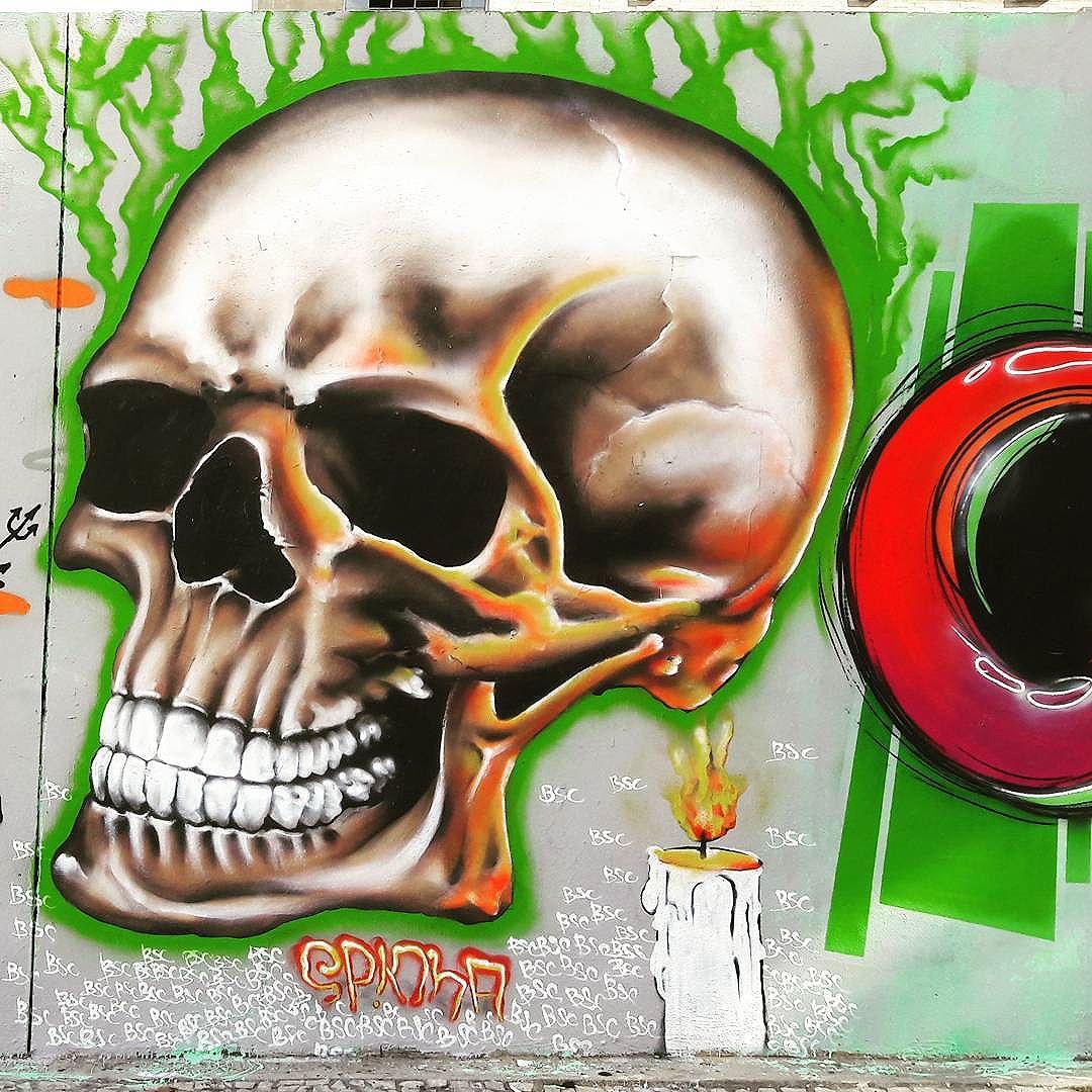 Realistic skull from @spinha_bsc in downtown São Paulo #spinhabsc #sambadograffiti #sampagraffiti #graffiti #graffiti_clicks #grafite #graf #streetart #streetartsp #streetphoto #streetarteverywhere #streetartphotography #spray #bagarre #spraypaint #urbanwall #urbanart #wallart #saopaulo #brasil #rsa_graffiti #bikini #braznu #sampa #tv_streetart #saopaulocity #tv_sa_simplicity_graff #streetartofficial