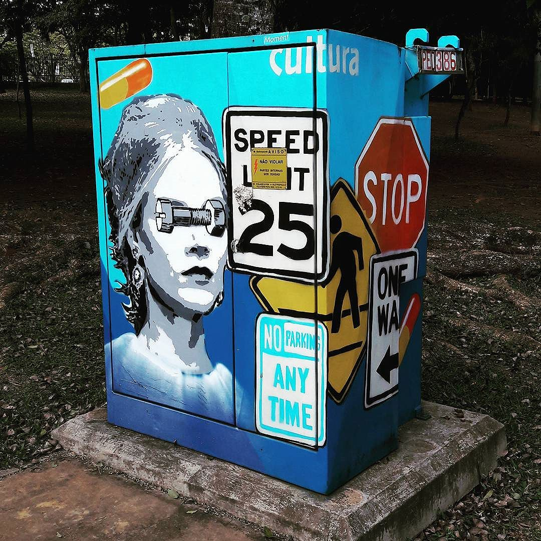 A arte do @gitahyarte está invadindo o Parque Ibirapuera (São Paulo) #gitahy #ibirapuera #sambadograffiti #sampagraffiti #graffiti #graffiti_clicks #grafite #graf #streetart #streetartsp #streetphoto #streetarteverywhere #streetartphotography #spray #bagarre #spraypaint #urbanwall #urbanart #wallart #saopaulo #brasil #rsa_graffiti #braznu #sampa #tv_streetart #saopaulocity #tv_sa_simplicity_graff #streetartofficial