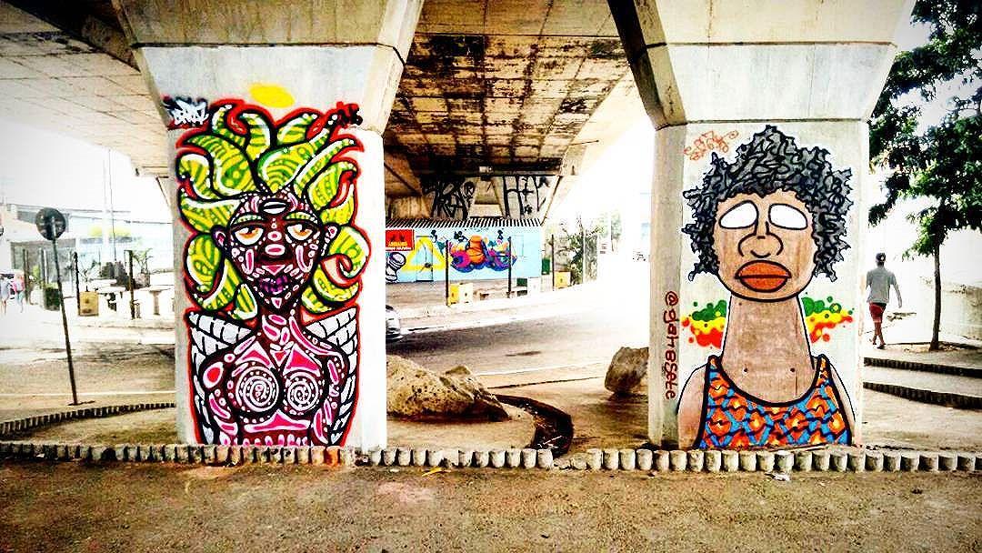 Intervenção Urbana no Artur Alvin, São Paulo-SP. Por #dpraz & @gah8sete 2016 #dpraznãopara #danyahupraz #dancoliveira #danielpraz #gah87 #gah8sete #interveçãourbana #arteurbana #artederua #cores #sprayarte #látex #colorginarteurbana #noucolors #artesvisuais #urbanart #streetart #colors #sprayart #visualarts #instaurbanart #instastreetart #streetartbrazil #streetartsp #streetartworldwide