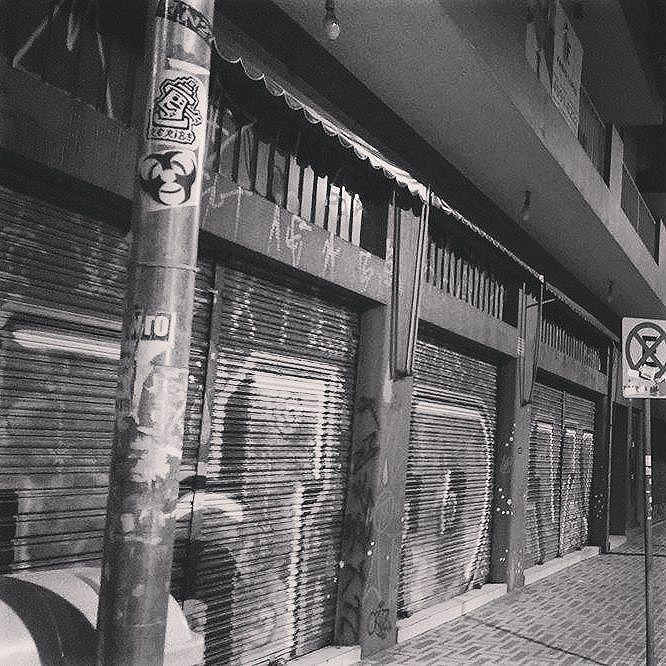 St. André - São Paulo - Brazil  #slapart #stickerbrasil #stickerbombing #pixo #streetart #urbanart #streetartsp #bomb #throwup #arteurbano #stickerporn #stickerart #stickergame #stickeraddict #pegatinas  #nightphotography #streetphotography #noturna #night #blackandwhite