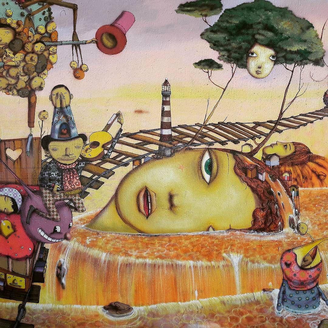 Detalhes de uma incrível arte dos @osgemeos no Parque Ibirapuera #osgemeos #osgemeosart  #ibirapuera #sambadograffiti #sampagraffiti #graffiti #graffiti_clicks #grafite #graf #streetart #streetartsp #streetphoto #streetarteverywhere #streetartphotography #spray #bagarre #spraypaint #urbanwall #urbanart #wallart #saopaulo #brasil #rsa_graffiti #braznu #sampa #tv_streetart #saopaulocity #tv_sa_simplicity_graff #streetartofficial