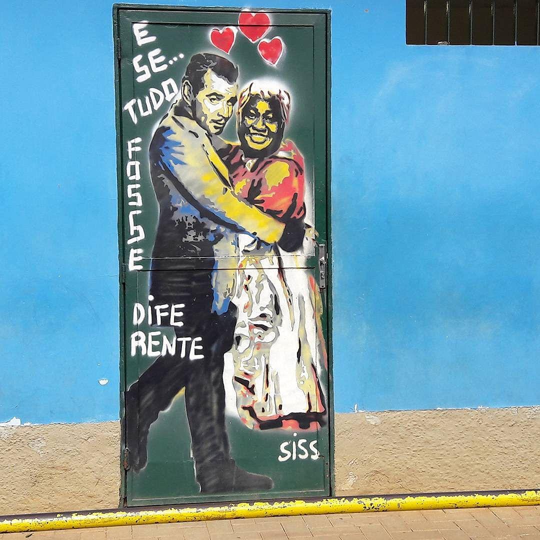 """E se... tudo fosse diferente"" Artista: @simonesiss #siss #semfiltro #sambadograffiti #sampagraffiti #graffiti #graffiti_clicks #grafite #graf #streetart #streetartsp #streetphoto #streetarteverywhere #streetartphotography #spray #bagarre #spraypaint #urbanwall #urbanart #wallart #saopaulo #brasil #rsa_graffiti #braznu #sampa #tv_streetart #saopaulocity #tv_sa_simplicity_graff #streetartofficial"