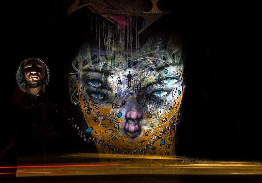 Experimentos fotográficos noturnos com @focoraphael #light #lightpainting #longexposure #streetartphotography #streetartphotography #streetart #streetartsp