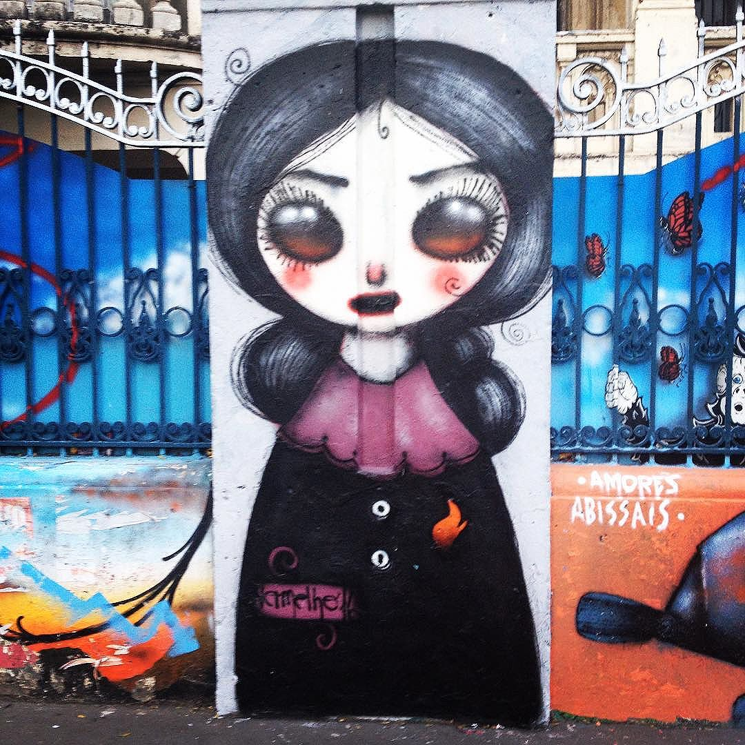 Gótica Suave na Paulista logo cedo #streetart #streetartsp #grafitesp