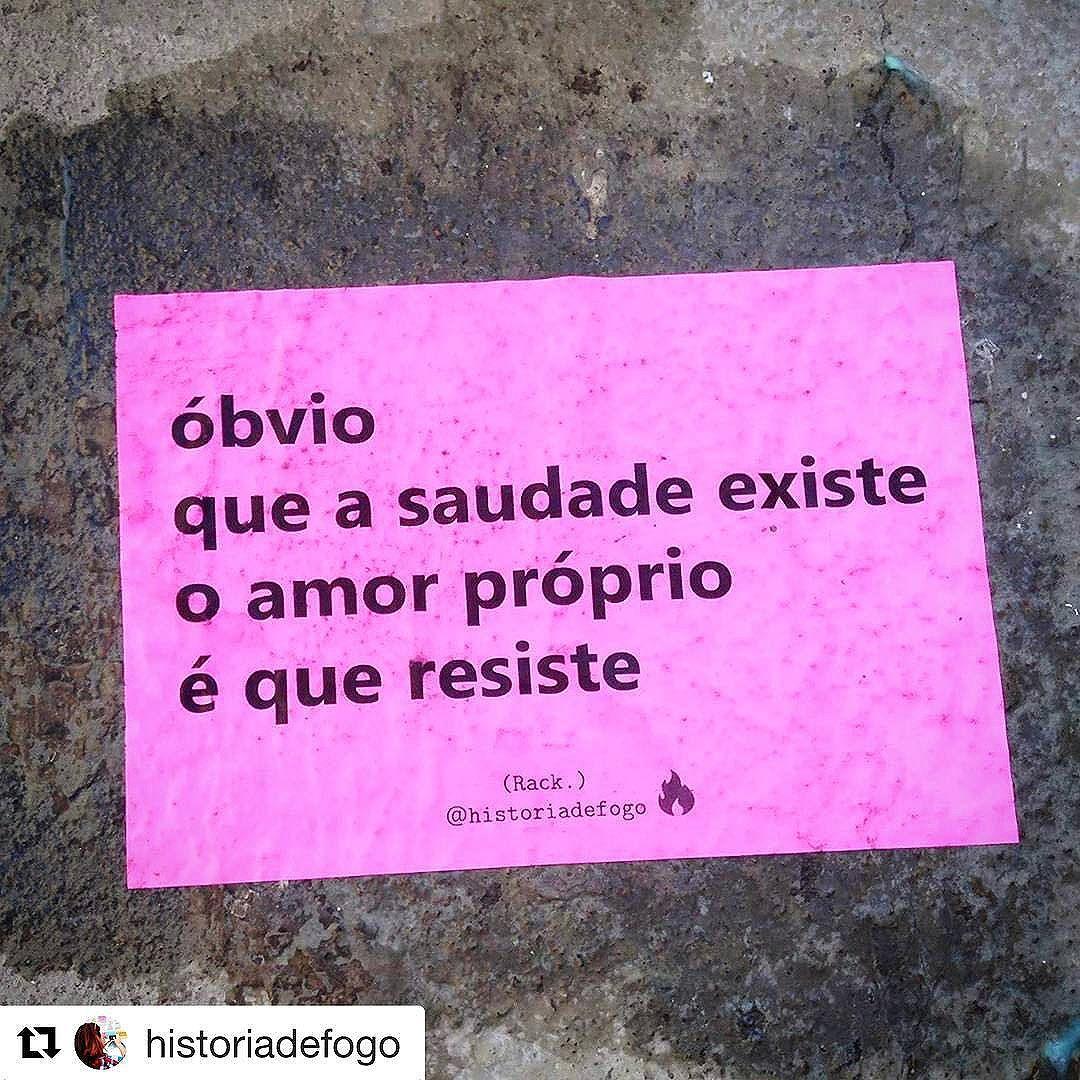 : @historiadefogo  Tem dia que dói tanto... que nem prego enferrujado furando a sola do pé.  #nocaosdesampa #historiadefogo #lambelambe  #artederua #urbanismo #gordofobia  #olheosmuros #urbanart #poesia  #empoderamento  #feminismo  #pelosmuros #poesiaderua  #lamblamb  #streetart #taescritoemsampa #txturbano #misturaurbana #oqueosmurosfalam  #splovers #sp4you #igerssp #streetartsp #vinarua #arteurbana #vozesdacidade #spdagaroa #taescritoemsampa