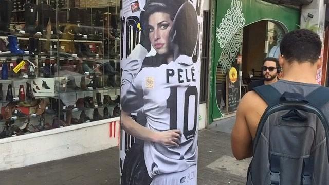 @weio e 2Glue visitam @buenocaos #LuisBueno . #amy #amywinehouse #pelé #augusta LGBTfobia mata! Brazil is the world's deadliest place for sexual minorities #lgbtpride #lgbtqi #lgbtfobiamata #lgbtq #lgbt #pedestriancrossing #pedestrian #artederua #paredesurbanas #urbanart #urbex #urbanartist #streetartsp #contemporaryart #weio #minhapretateresa #artecontemporânea #contemporary #contemporaryart #art #stickart #stickers #stick #adesivo #gay