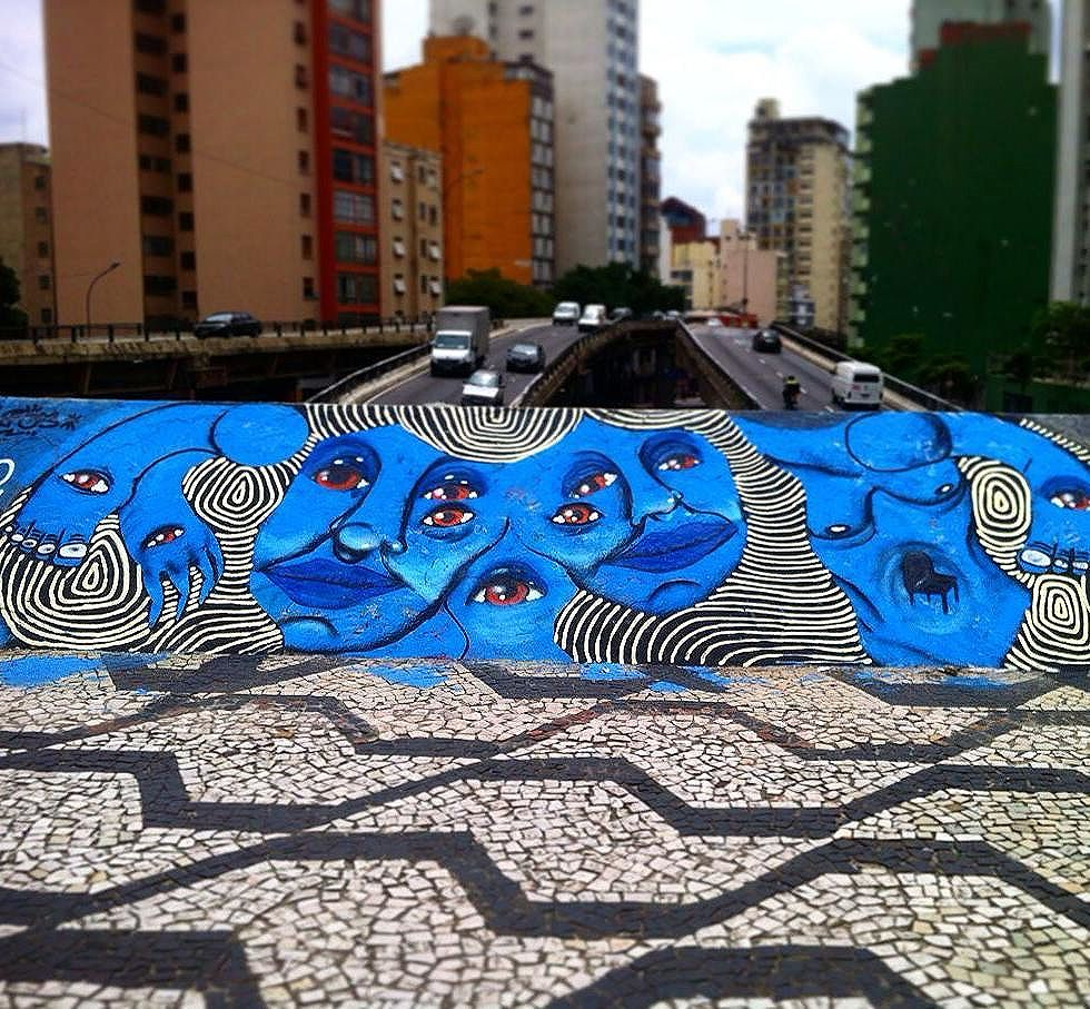 Artwork by: @ojosblancos1987 Consolação -centro de sp #cinzaxcores . - - #streetartsp #streetphotography #streetart #urbanart #spray #spraypaint #sousampa #sp #graffitilife #graffiti #graffitiart #urban #colors #graffitiworld #loves_united #dsb_graff #ojos #tv_streetart #d7606 #artederua #brazil #instagood #spdagaroa #blue #art #paint #cores #turismodeart #cool