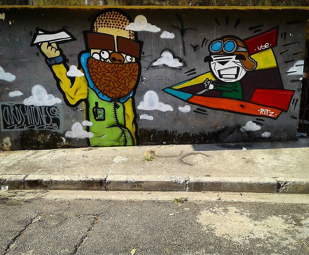 . . . #graffart #sprayart #graffitiart #instagraffiti #instagraff #graffitisp #urbanwalls #sampagraffiti #streetartnew #streetartist #urbanart #artecallejero #citywalls #grafite #grafitesp #streetarteverywhere #graffiti_of_our_world #wallart #streetartbrazil #streetartsp #graffitibrazil #graff #urbanexploration