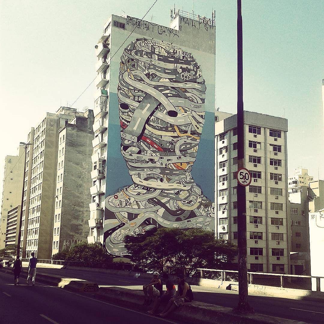 Hanging out on the #minhocão last sunday #saopaulo #saopaulowalk #sampa #streetartsp #streetart