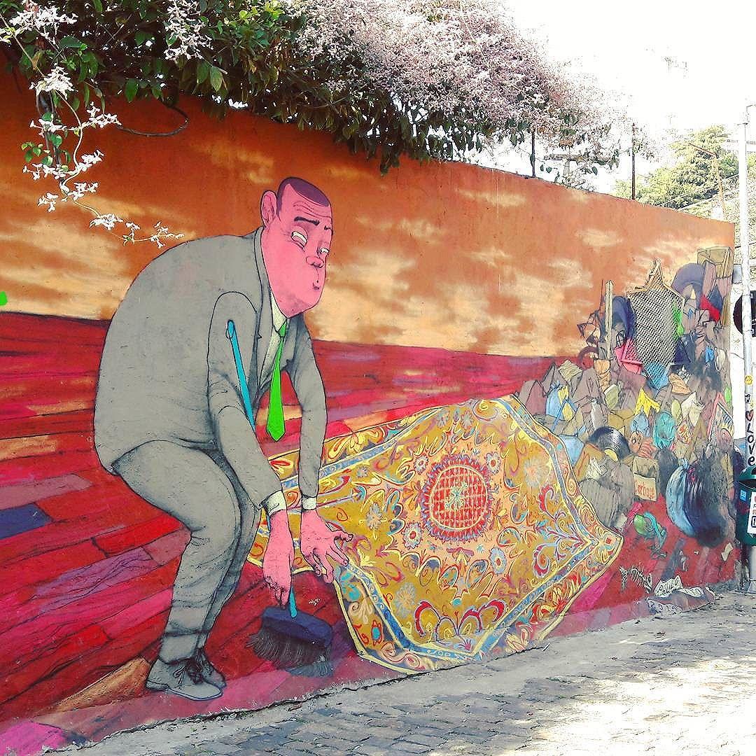 It's time to hide all the sh*t... Artist: @paulo_ito #pauloito #olimpiadas #sambadograffiti #sampagraffiti #graffiti #graffiti_clicks #grafite #graf #streetart #streetartsp #streetphoto #streetarteverywhere #streetartphotography #spray #bagarre #spraypaint #urbanwall #urbanart #wallart #saopaulo #brasil #rsa_graffiti #braznu #sampa #tv_streetart #saopaulocity #tv_sa_simplicity_graff #streetartofficial