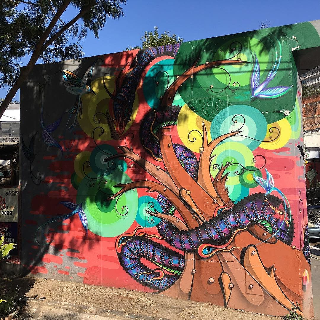 Luz e mais cor no mundo e na vida.  #graffiti #splovers  . :: :: :: #graffitiart #grafite #streetart #streetartsp #artederua #sp #vilamadalena