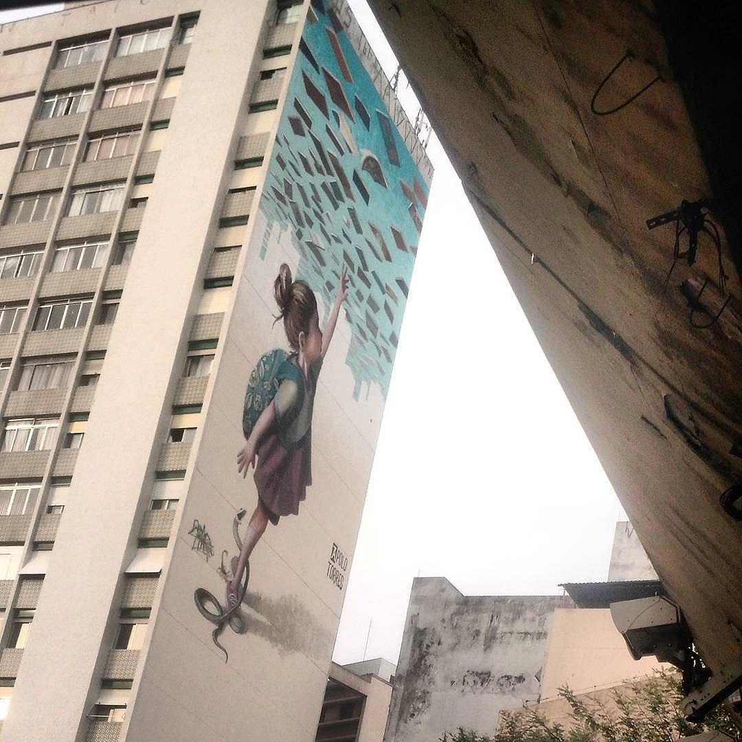 Por mais arte e cor em SP... #streetart #streetartsp #elevadocostaesilva #consolacao #vejasp
