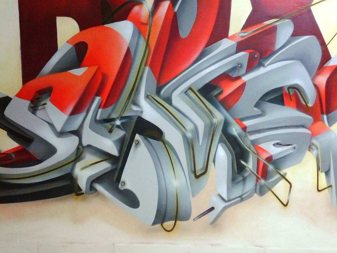 Sobre a noite de ontem... BoxSeven - sjcampos. #vespa #vespapdfcrew #vespaabp #3dbrasil #artdovespa #pdfcrew #abp #streetartsalvador #boxseven #graffiti #arteurbana #love3d #3dstyle #mmt #crossfit #streetartpr 3 #streetartcuritiba #streetartsp #johnrogersquad #originalpirate @johnrogerbrand @box_seven